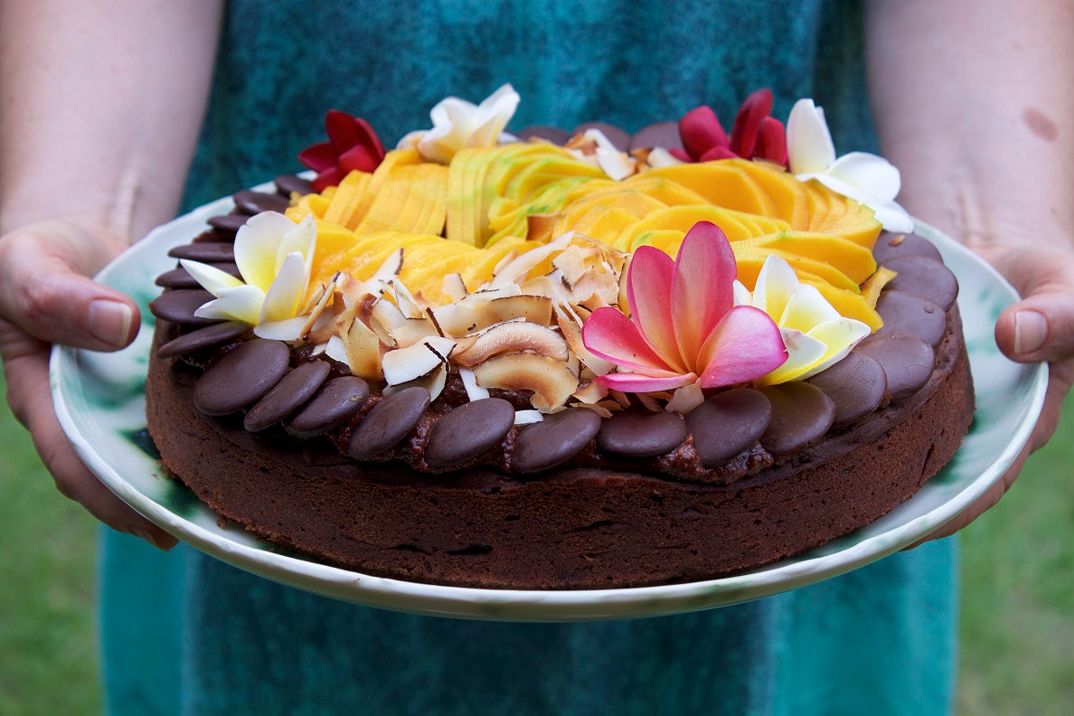 Best Vegan Chocolate Cake by Bettina of @bettinas_kitchen