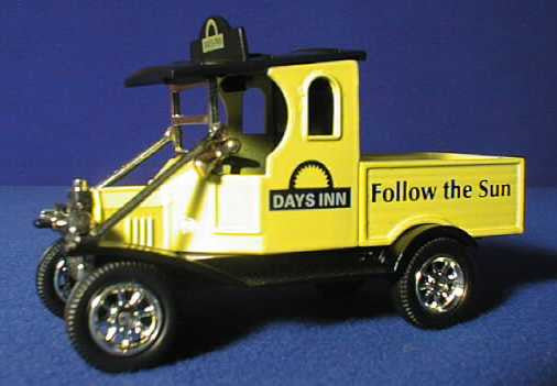Oxford Diecast Days Inn Trucks