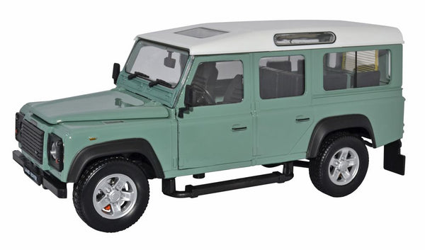 Land Rover Defender (Light Green) 1:24