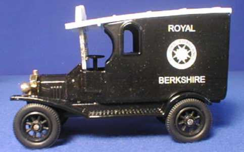 Oxford Diecast St John Ambulance