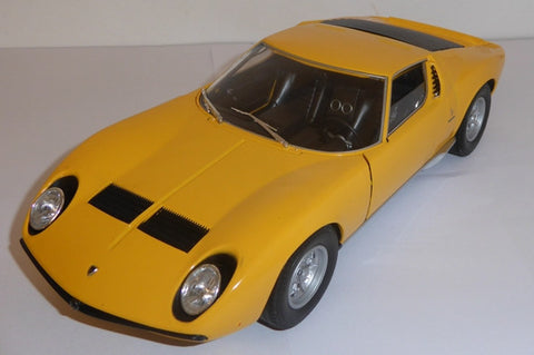 WELLY Lamborghini Miura Yellow - 1:18 Scale