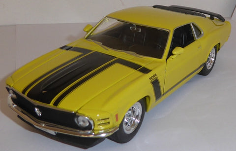 WELLY Ford Mustang Yellow - 1:24 Scale