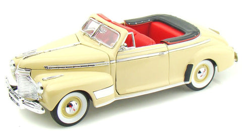 WELLY Chevrolet Special Deluxe 1941 Cream - 1:24 Scale