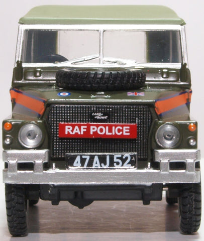 Oxford Diecast Land Rover Lightweight Canvas RAF Police