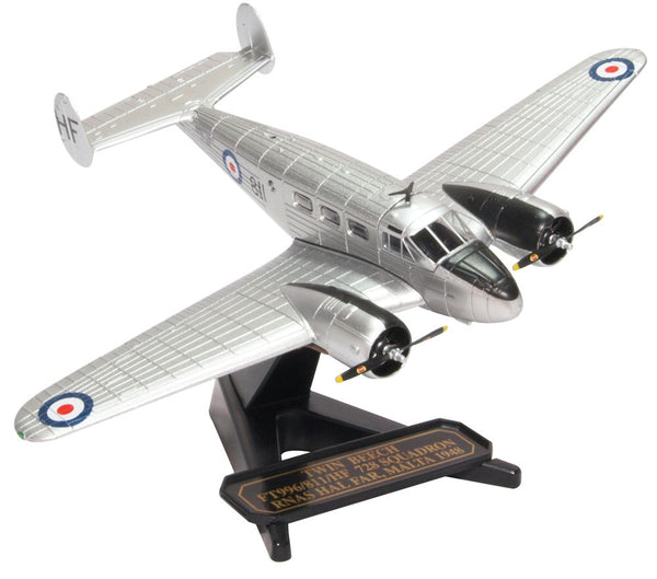 Oxford Diecast Twin Beech - Ft996-811-HF 728 Squadron RNAS Hal Far