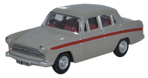 Oxford Diecast Austin Cambridge Armadillo Beige _Red - 1:76 Scale