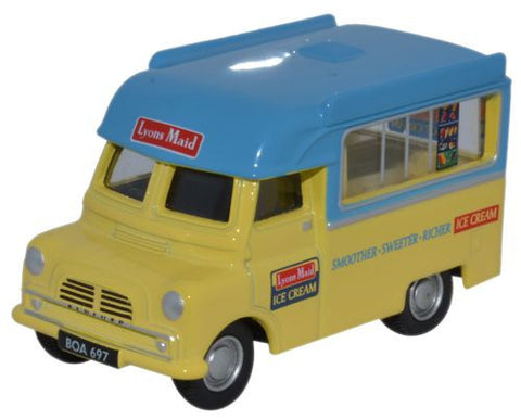 Oxford Diecast Bedford CA Ice Cream Lyons Maid - 1:76 Scale