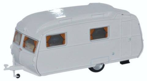 Oxford Diecast Carlight Continental Caravan Arctic White