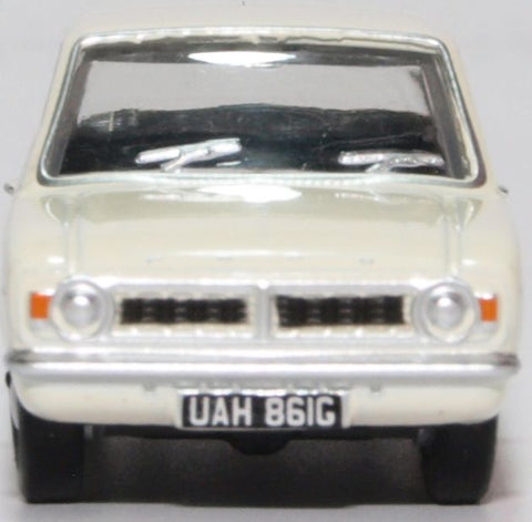 Oxford Diecast Ford Cortina MK2 Ermine White Sherwood Green