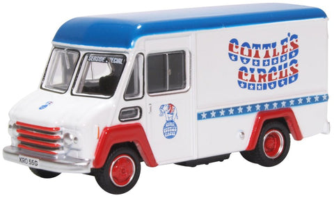 Oxford Diecast Gerry Cottles Circus Commer Walk Thru