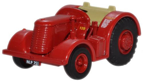 Oxford Diecast Bertram Mills David Brown Tractor - 1:76 Scale