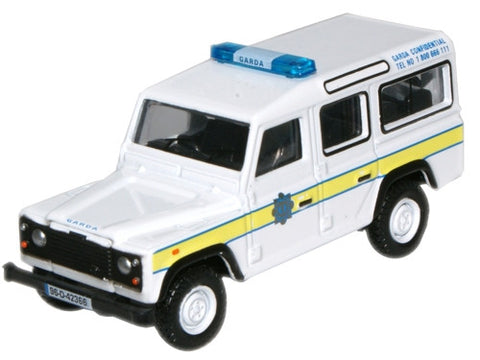 Oxford Diecast Garda Land Rover Defender Station Wagon - 1:76 Scale