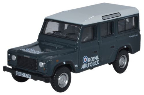 Oxford Diecast Land Rover Defender Station Wagon RAF  - 1:76 Scale