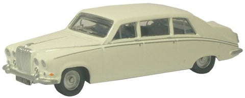 Oxford Diecast DS420 Old English White - 1:76 Scale