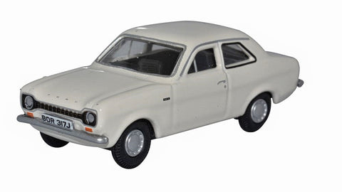 Oxford Diecast Ermine White Ford Escort Mk1