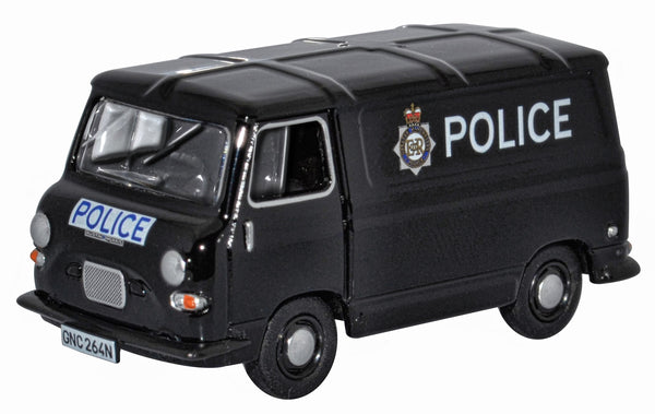 76J4005 Great Manchester Police J4 Van from Oxford Diecast