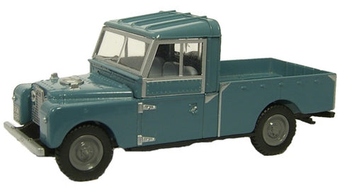 Oxford Diecast Blue Land Rover 109 inch - 1:76 Scale