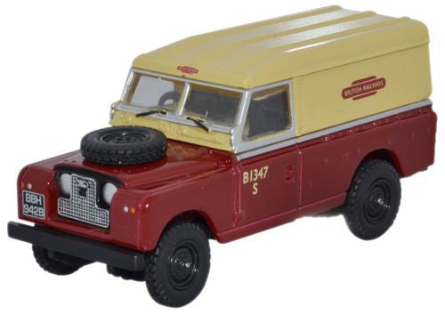 Oxford Diecast British Rail Land Rover Series II - 1:76 Scale