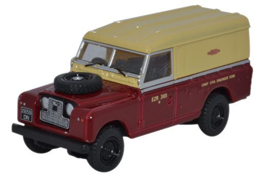 Oxford Diecast Land Rover Series II Hard Back British Railways - 1:76