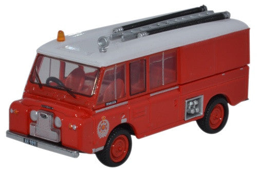 Oxford Diecast Land Rover FT6 Carmichael New Zealand Fire Service - 1:
