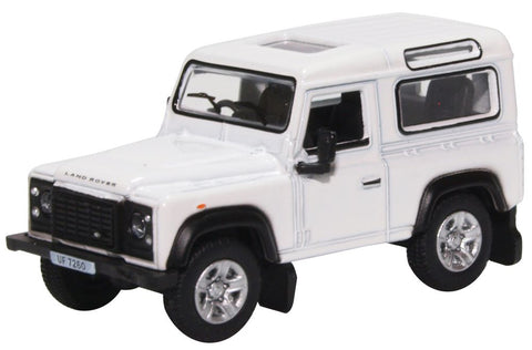 Oxford Diecast Land Rover Defender 90 Station Wagon White (HK Reg)
