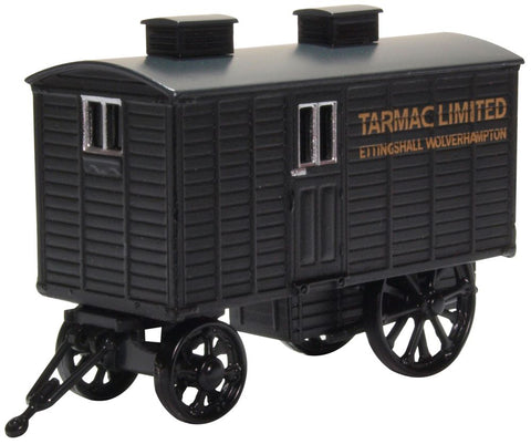 Oxford Diecast Living Wagon Tarmac