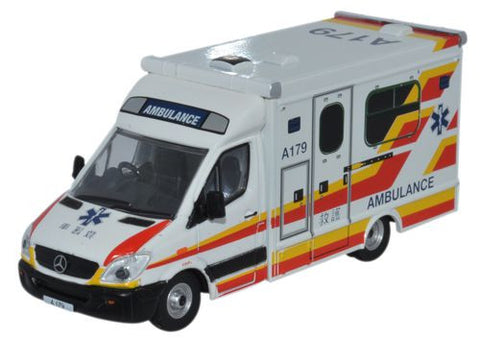 Oxford Diecast Mercedes Ambulance Hong Kong  - 1:76 Scale