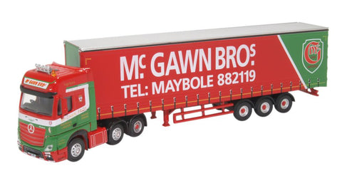 Oxford Diecast Mercedes Actros GSC Curtainside McGawn Bros