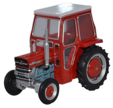 Oxford Diecast Massey Ferguson 135 Red - 1:76 Scale