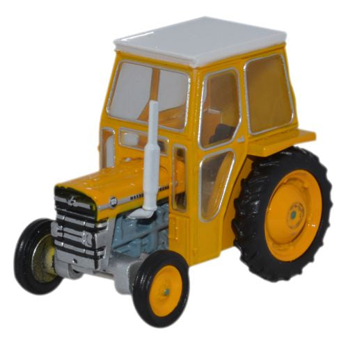 Oxford Diecast Massey Ferguson 135 Yellow - 1:76 Scale