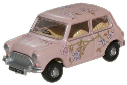 Oxford Diecast M & S Floral Classic Mini - 1:76 Scale