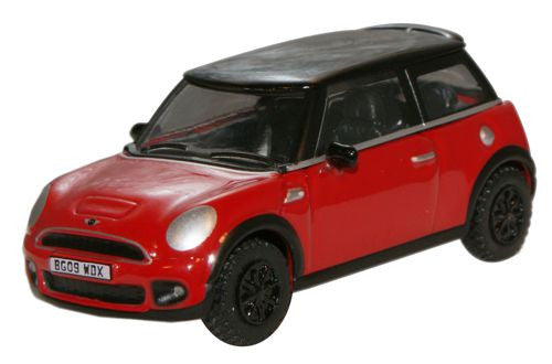Oxford Diecast Chili Red New Mini - 1:76 Scale