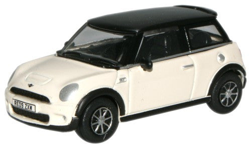 Oxford Diecast Pepper White New Mini - 1:76 Scale