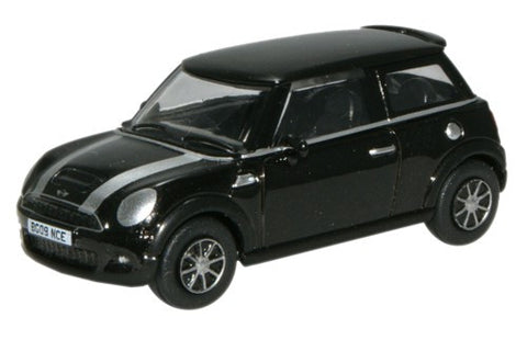 Oxford Diecast Midnight Black New Mini - 1:76 Scale