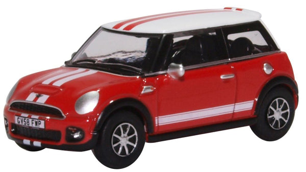 Oxford Diecast New Mini Chili Red and White