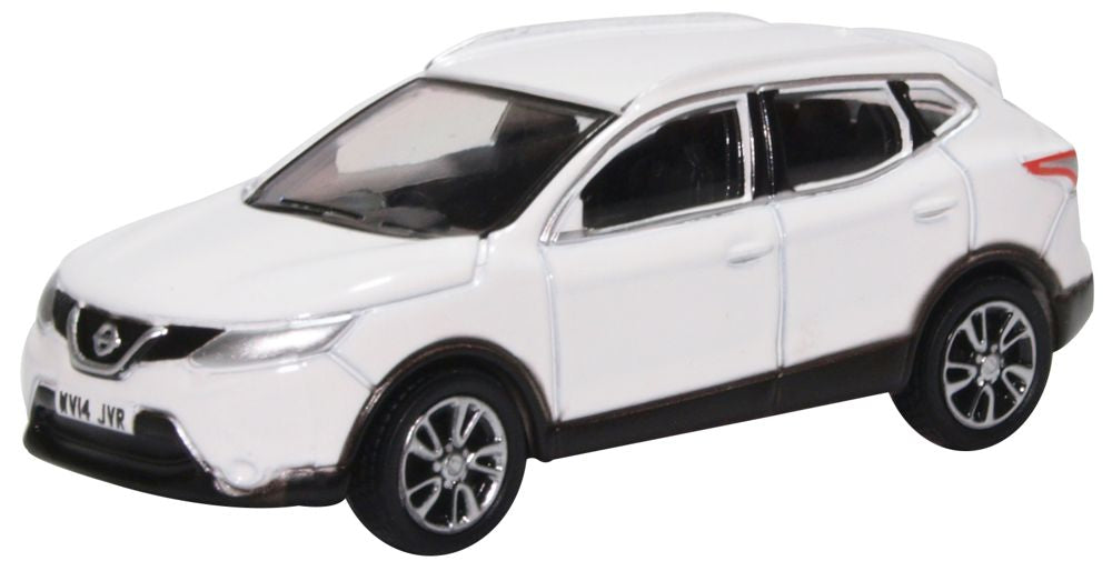 model of the nissan qashqai j11 storm white by oxford at 1 76 scale. Black Bedroom Furniture Sets. Home Design Ideas