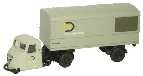 Oxford Diecast Railfreight Scarab - 1:76 Scale