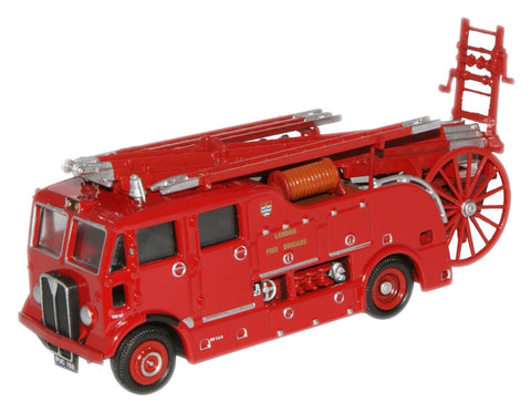 Oxford Diecast London Fire  AEC Regent III - 1:76 Scale