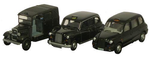 Oxford Diecast Triple Taxi - 1:76 Scale