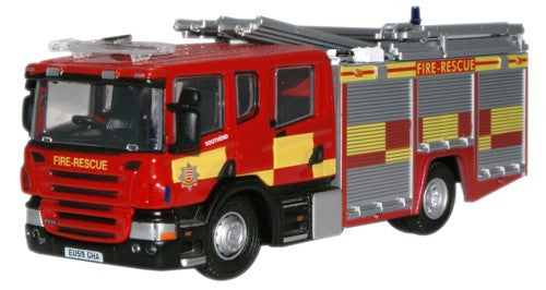 Oxford Diecast Scania P31 Pump Ladder Essex County F & R Service - 1:7