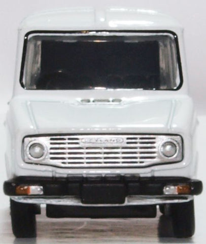 1:76 Scale Diecast Model Cars,Vehicles and Trains from