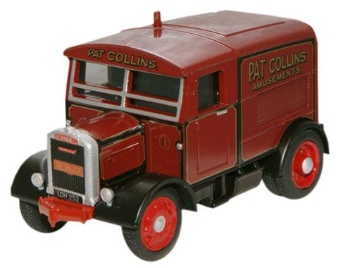 Oxford Diecast Pat Collins The Major Scammell Showtrac - 1:76 Scale