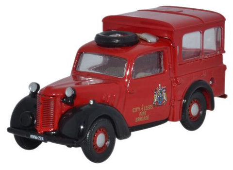 Oxford Diecast Austin Tilly City of Leeds Fire Brigade - 1:76 Scale