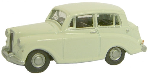 Oxford Diecast Triumph Mayflower White - 1:76 Scale
