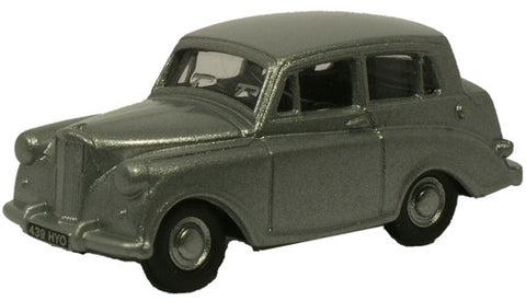 Oxford Diecast Triumph Mayflower Silver - 1:76 Scale