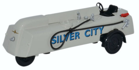 Oxford Diecast Thompson Refueller Silver City