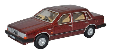 Oxford Diecast Volvo 760 Red Wood Metallic