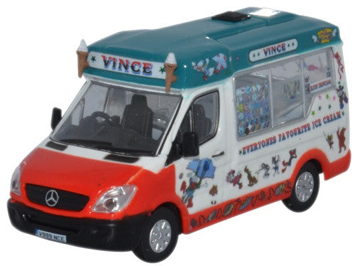 Oxford Diecast Whitby Mondial Ice Cream Vinces