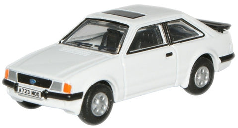 Oxford Diecast Diamond White Escort XR3i - 1:76 Scale