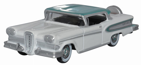 OXFORD DIECAST 1:87 Scale Snow White and Turquoise Edsel Citation 1958
